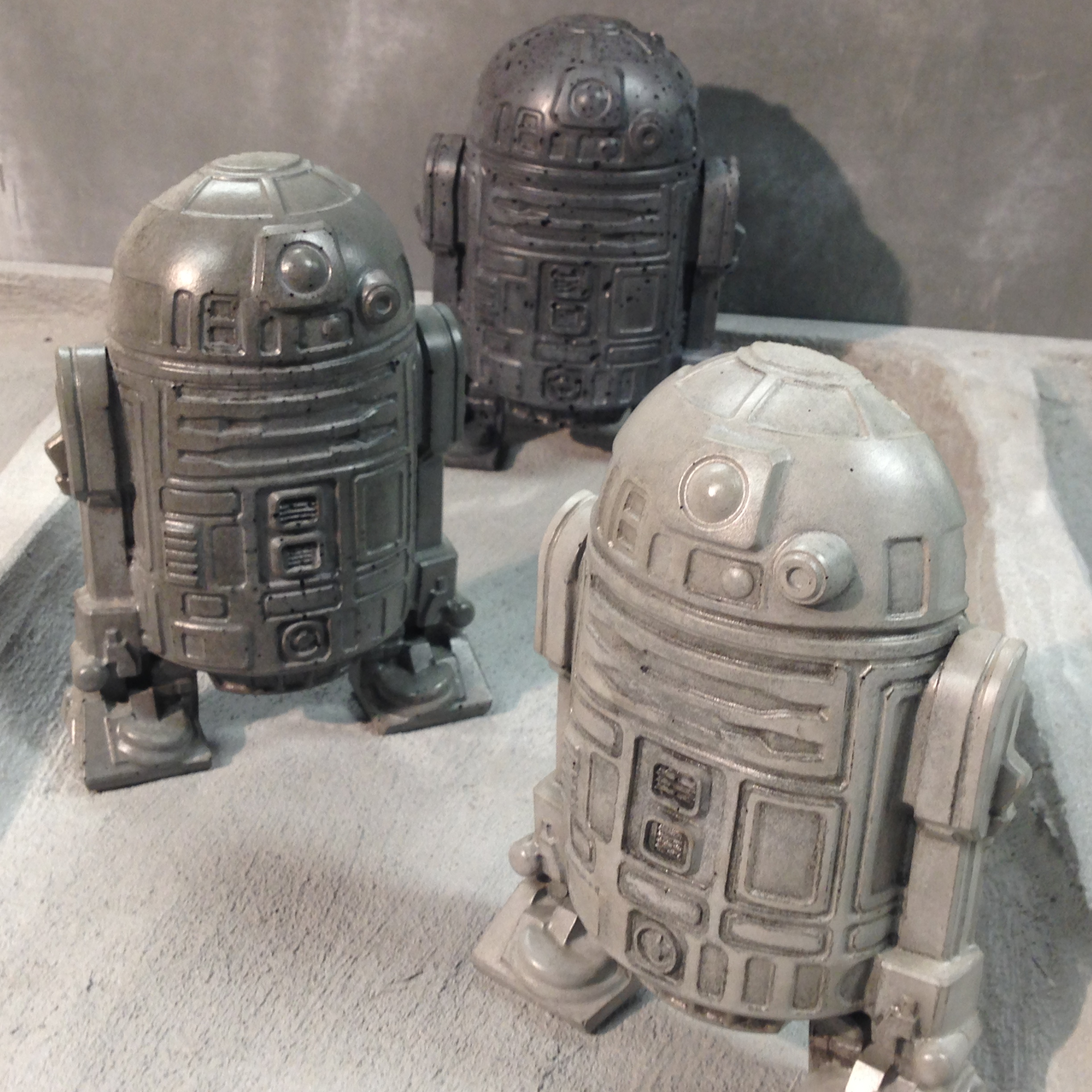R2D2 Concrete Book End